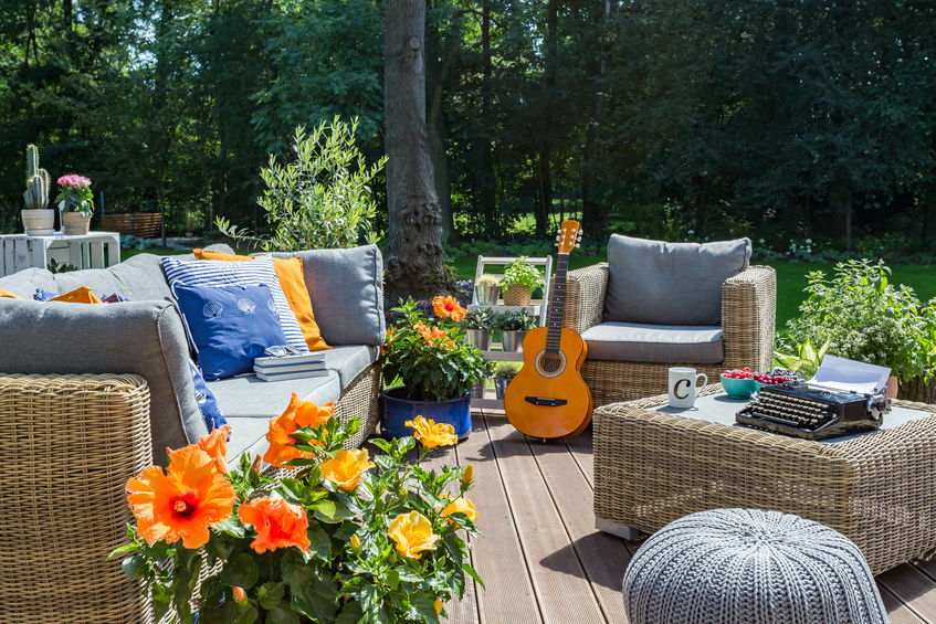 outdoor patio furniture sets in Lakewood